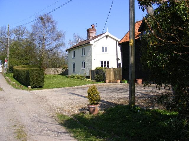 South Manor Farm Lodge, Bramfield