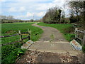 TQ6713 : Access Lane leading to Frankwell Farm by Chris Heaton