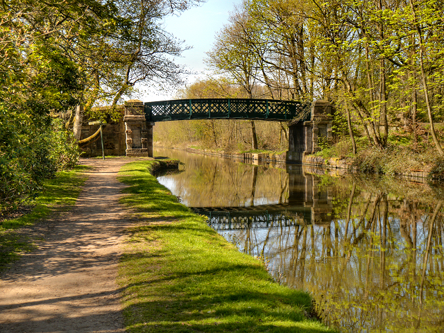 Leeds and Liverpool Canal Bridge #60, Haigh Park Bridge