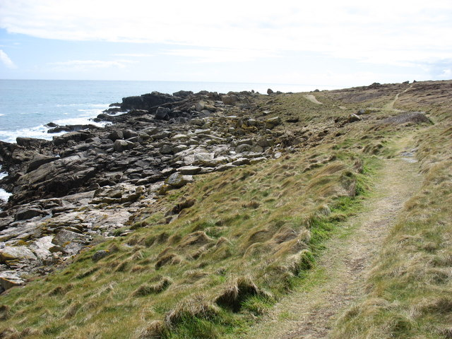 The coastal path on Gugh, looking towards Hoe Point