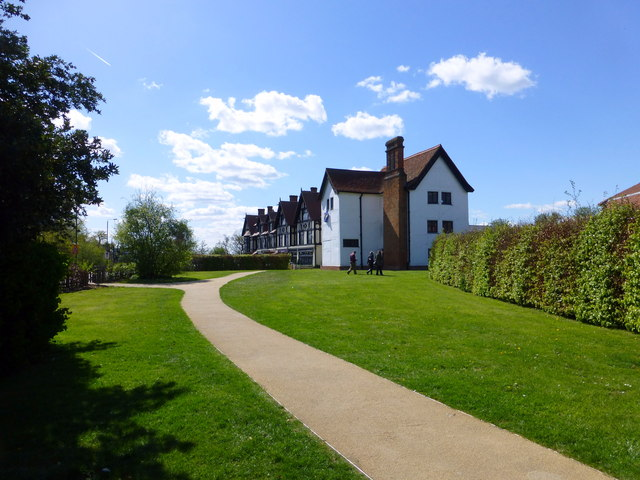 Royal Forest Hotel and Queen Elizabeth's Hunting Lodge