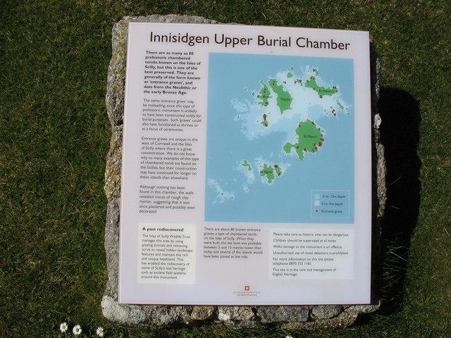 Innisidgen Carn Upper Chamber, descriptive plaque