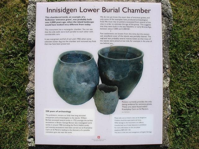 Innisidgen Carn Lower Burial Chamber, descriptive plaque