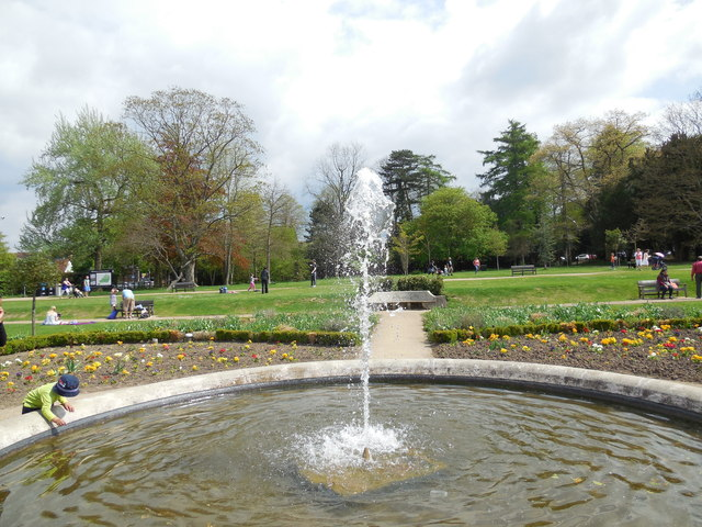 Fountain in Priory Park