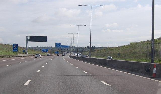 M25 towards Junction 2