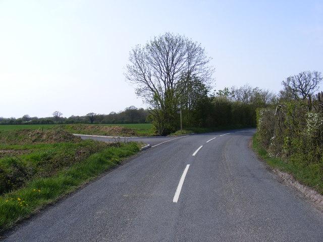 B1118, new entrance & footpath