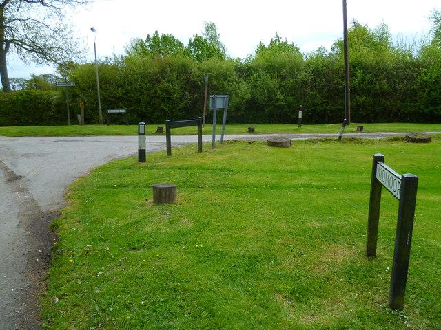 Junction of  Kiln and Branch Lanes in the hamlet of Widmoor