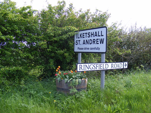 Ilketshall St.Andrew & Ringsfield Road signs