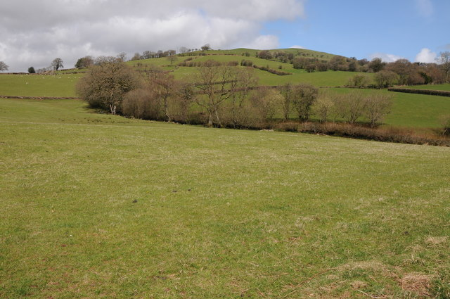 Farmland near Pentre'r-Felin