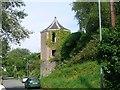 SM9801 : The gazebo tower, Pembroke town walls by Simon Mortimer