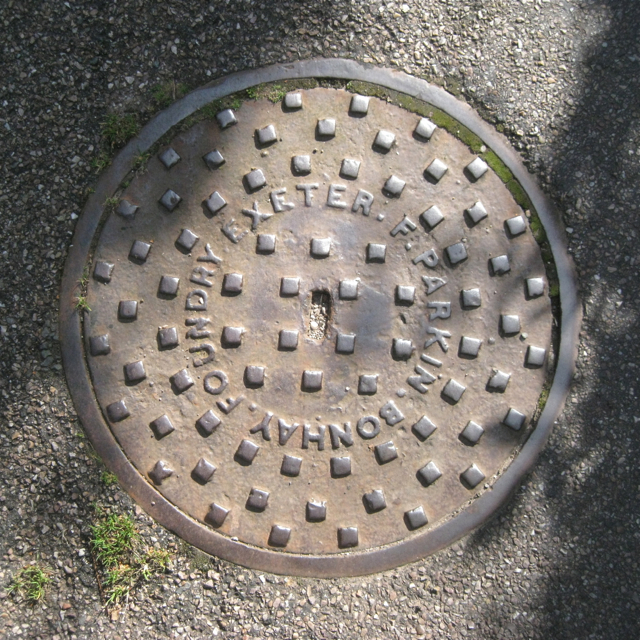 Sewer inspection cover, Salty Lane, Ringmore