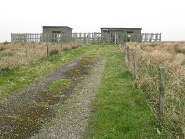 Disused military looking buildings on Cnoc Dubhaig