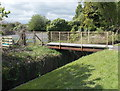 ST2996 : Stream footbridge, Caldicot Way, Cwmbran by Jaggery