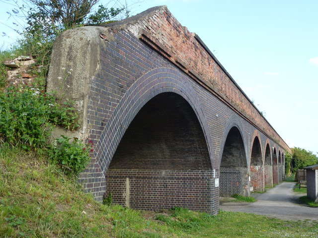 Former railway viaduct, Rings End, Cambridgeshire