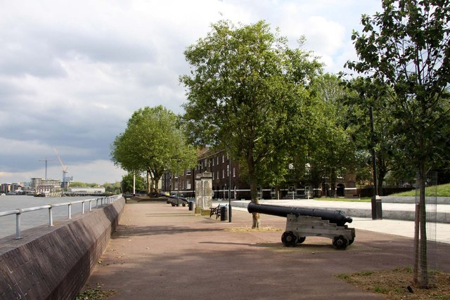 Cannon on the Thames Path