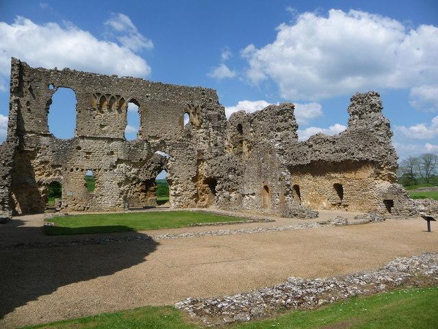 Sherborne: Old Castle ruins