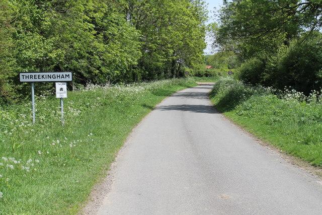 Entering Threekingham on Acre Lane