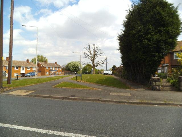 Upper Ettingshall Road View