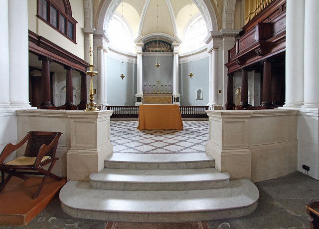 St Anne, Wandsworth - Chancel