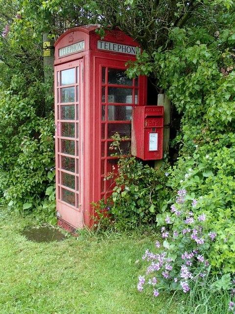 Telephone box and postbox, Crowdicote