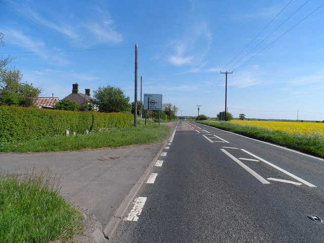 Turn-off to Wistow on the B1040