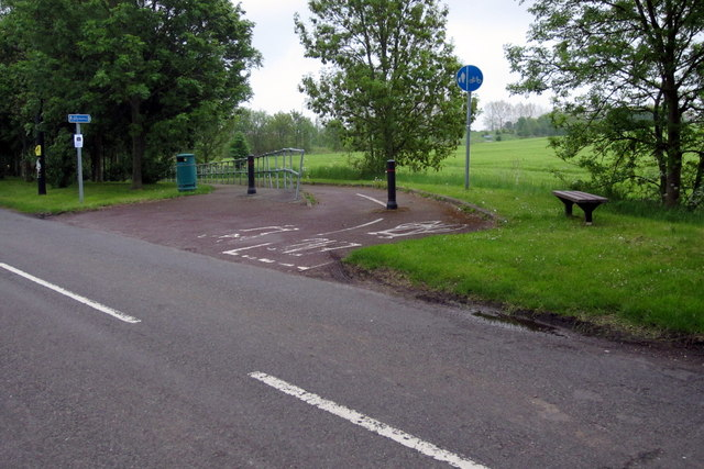 Footpath and cycle way into Shefford