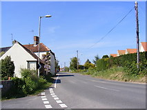 TM4678 : Norfolk Road, Wangford by Adrian Cable