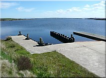 SE0429 : Landing stage on Haigh Cote Dam by Humphrey Bolton