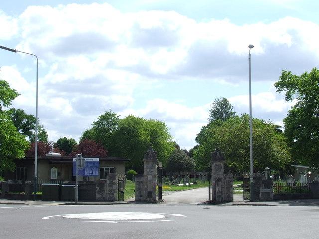 Cemetery Gates near Romford