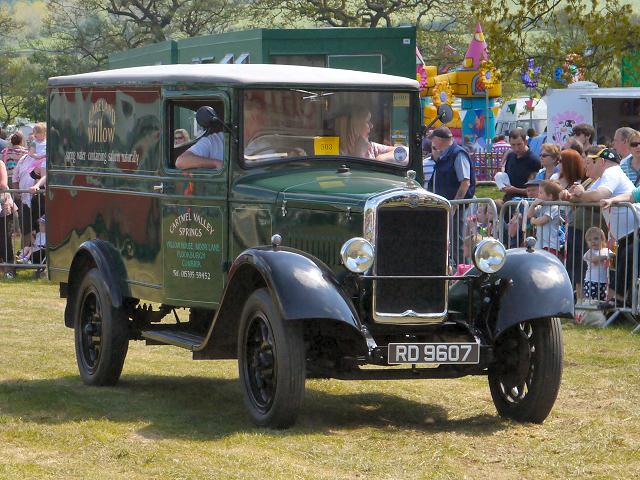 1937 Morris T2 Van, Chipping Steam Fair