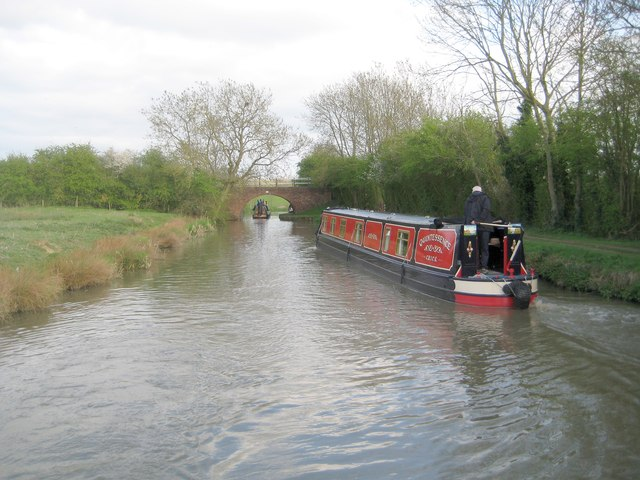 Grand Union Canal: Leicester Section: Bridge Number 13