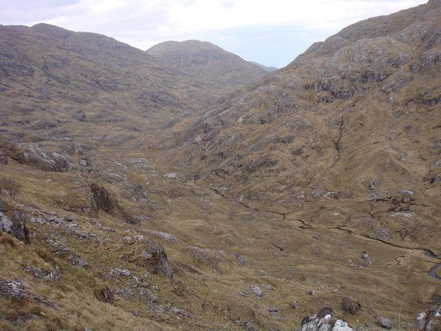 Upper part of Mam na Cloich' Airde
