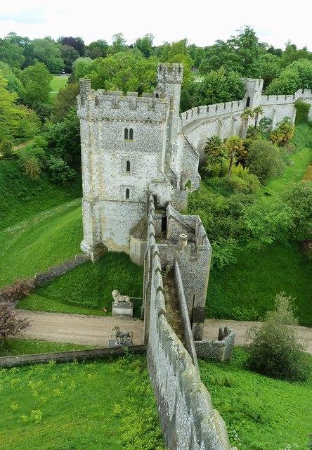 Arundel Castle Curtain Walls 169 Rob Farrow Geograph