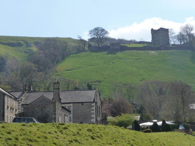 Castleton: Peveril Castle from across the village