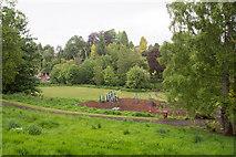 NO1325 : Goshen Road play area by Rob Burke