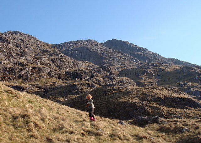 Northern crags of Sgurr na h-Aide