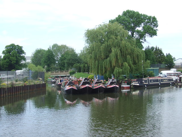 Narrowboats on the River Lee Navigation, Ponders End