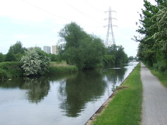River Lee Navigation near Enfield