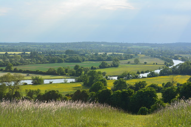Thames and countryside near Mapledurham, Oxfordshire