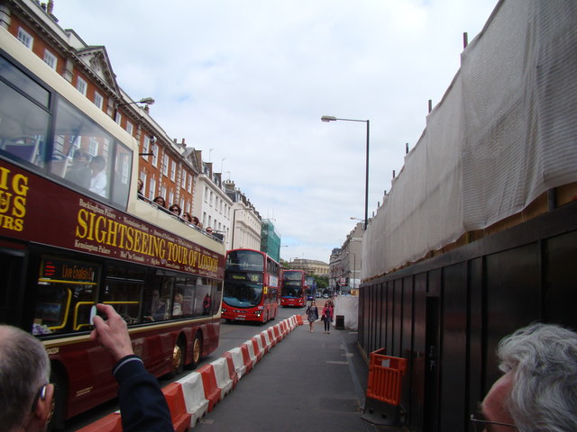 View up Buckingham Palace Road
