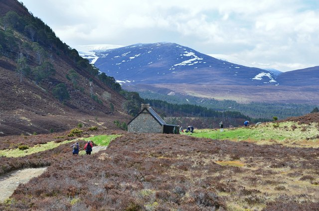 Ryvoan Bothy from the northeast