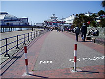 TV6198 : Eastbourne Promenade by Peter Holmes