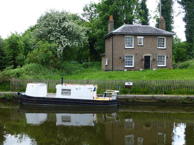 Lock keepers Cottage, Hanwell