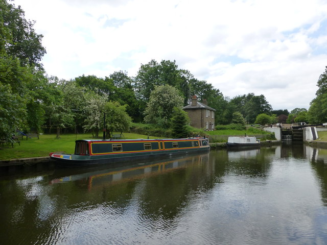 Narrow Boat on the Grand Union Canal at Hanwell