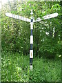 NT6174 : Rural East Lothian : Fingerpost Near Ruchlaw Mains (looking WNW) by Richard West