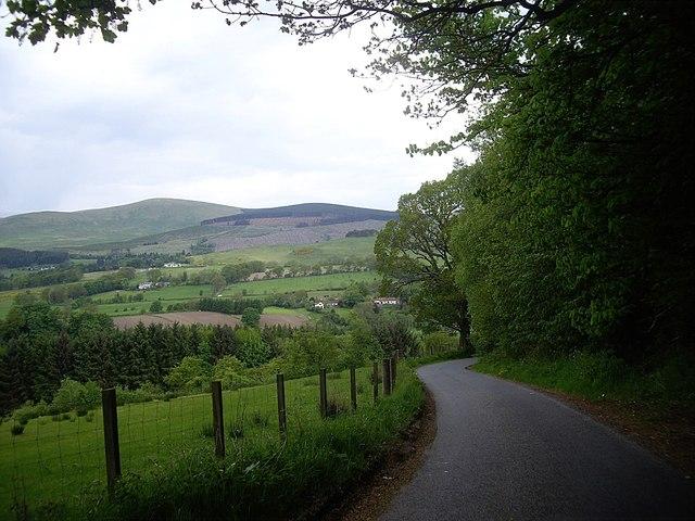 Minor road from Blairingone to Vicar's Bridge