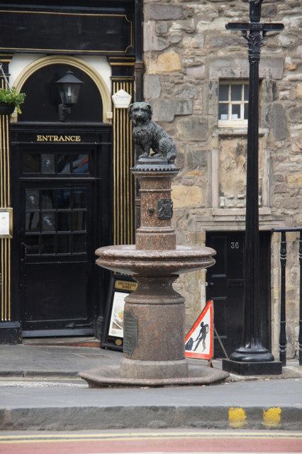 Greyfriars Bobby statue, Candlemaker Row, Edinburgh