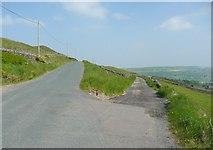 SE0328 : The western end of Halifax Bridleway 155 by Humphrey Bolton