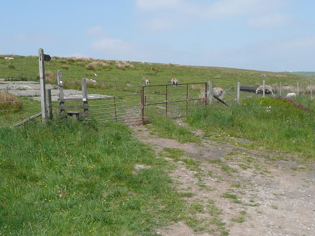 The Calderdale Way at Castle Carr Road