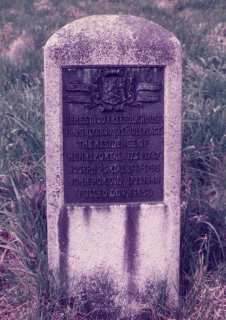 Memorial Stone to Freefolk House, Laverstoke